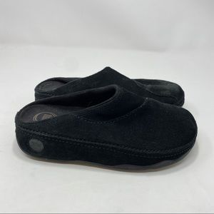 FitFlop Women's Black Slippers Size 7 A124